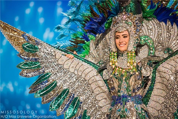 Hoa hậu Nicaragua với thiết kế hoành tráng, lộng lẫy lấy ý tưởng từ hình ảnh những chú chim màu sắc rực rỡ đặc trưng của châu Mỹ.