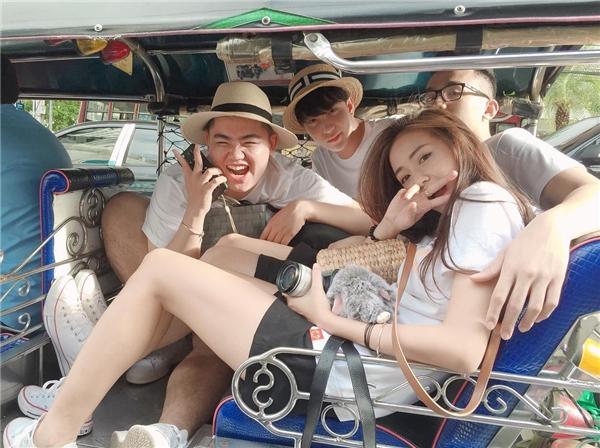 """Điểm danh những hot teen Việt đồng loạt """"thoát ế"""" trong năm mới"""