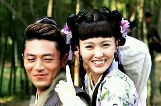 Giây phút vui vẻ của nam thần lạnh lùng Hoắc Kiến Hoa bên nàng Đường Yên xinh đẹp trên phim trường Kim Ngọc Lương Duyên.