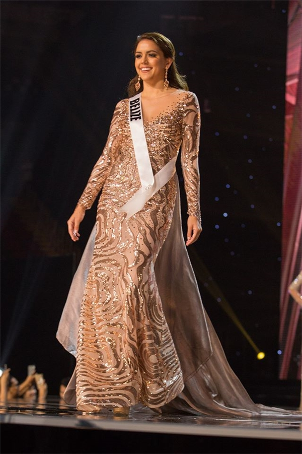 Lệ Hằng lọt top 3 trang phục dạ hội đẹp nhất Miss Universe 2016