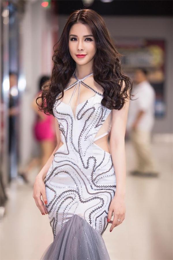 Một số hình ảnh mới nhấtcủa người đẹpDiệp Lâm Anh - Tin sao Viet - Tin tuc sao Viet - Scandal sao Viet - Tin tuc cua Sao - Tin cua Sao