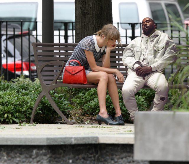"""Những ngày đầu năm bất ngờ nhớ về """"cơn ác mộng"""" mang tênKanye West."""