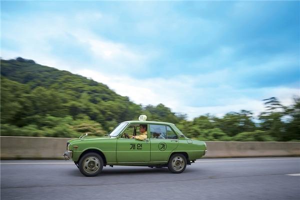 Taxi Driverkhai thác đề tài là cuộc thảm sát Gwangju năm 1980.