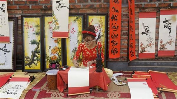 Cẩm Nhung thực sự yêu thích bộ môn nghệ thuật truyền thống này của dân tộc.