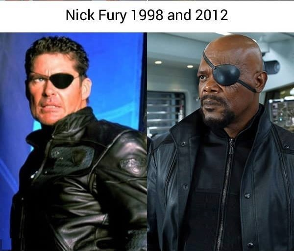 Có vẻ như cả hai Nick Fury đều không ưng mắt chút nào với ngoại hình của đối phương thì phải.