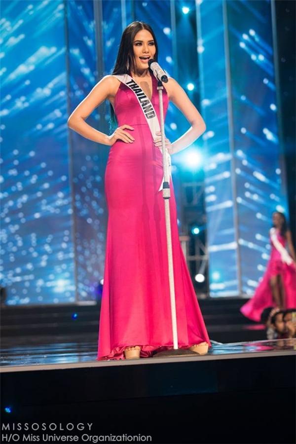 Thí sinh được bình chọn nhiều nhất (130 triệu phiếu): Hoa hậu Thái Lan Chalita