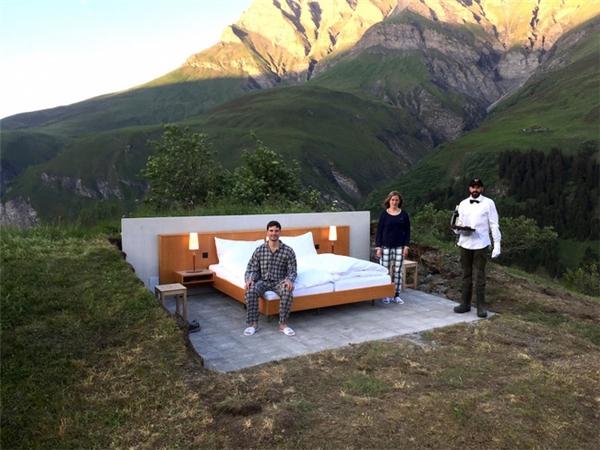 Chiêm ngưỡng khách sạn ngàn sao có một không hai trên thế giới