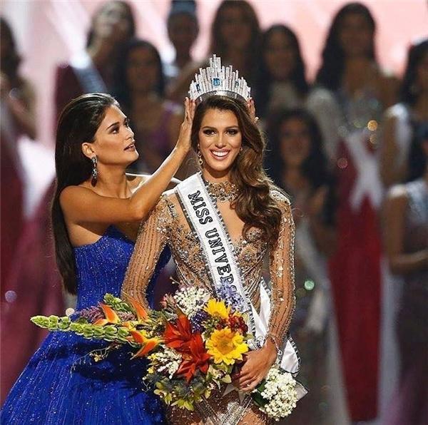 Hoa hậu Hoàn vũ 2016 Iris Mittenaere lập kỉ lục thế giới mới