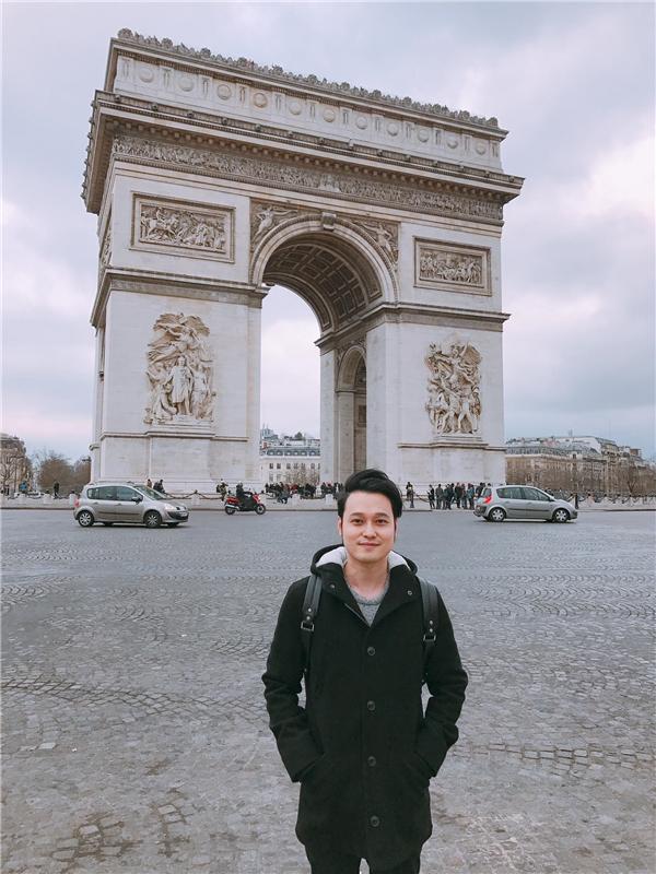 """""""Hoàng tử sơn ca"""" chọn thành phố Paris là điểm đến lý tưởng cho chuyến """"xuất ngoại"""" đầu năm của mình. - Tin sao Viet - Tin tuc sao Viet - Scandal sao Viet - Tin tuc cua Sao - Tin cua Sao"""