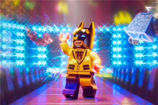 The Lego Batman Moviexoay quanhcuộc đối đầu giữa Batman vàJoker (Zack Galifianakis).