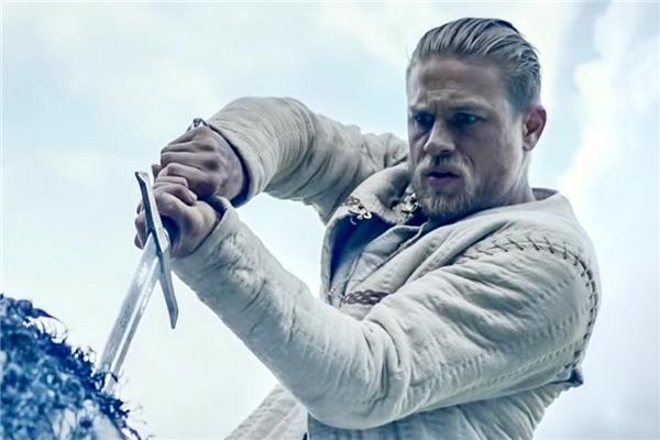 King Arthur: Legend of the Sword có kinh phí lên tới hơn 100 triệu USD (khoảng 2300 tỉ đồng).