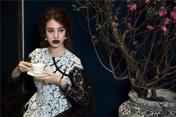 Jolie Nguyễn gây thương nhớ với hình ảnh nàng xuân xưa