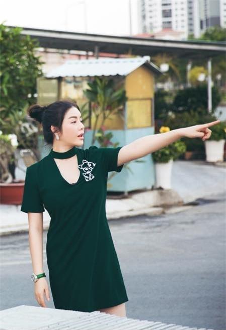 """Vốn là một người mẫu, diễn viên điện ảnh nổi tiếng, Lý Nhã Kỳ không chỉ được biết đến trong lĩnh vực nghệ thuật. Bên cạnh đó, cô còn là một doanh nhân thành đạt và sở hữu khối tài sản """"khổng lồ"""" bậc nhất Việt Nam. - Tin sao Viet - Tin tuc sao Viet - Scandal sao Viet - Tin tuc cua Sao - Tin cua Sao"""