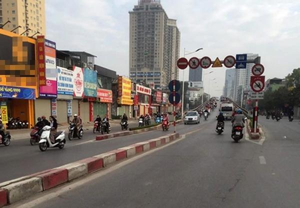 Đường Lê Văn Lương cũng thông thoáng sau kì nghỉ lễ Tết Đinh Dậu.