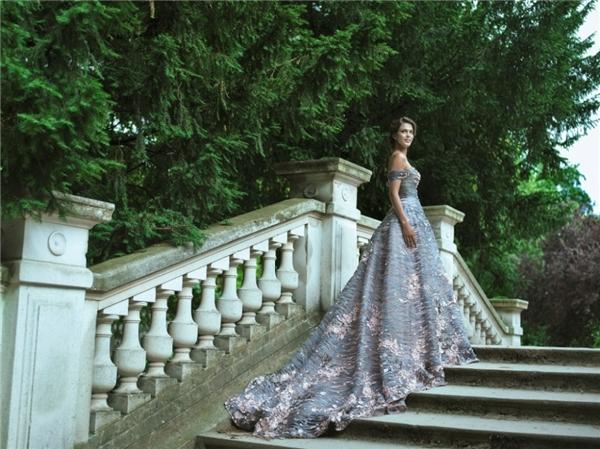 Đụng hàng Miss Universe 2016, Thu Thảo, Kỳ Duyên có tỏa sáng?