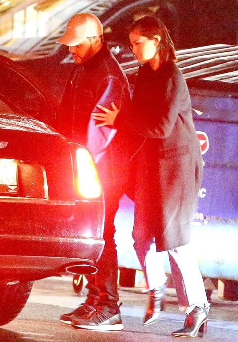 Thực hư chuyện Selena Gomez có thai, chuẩn bị kết hôn với The Weeknd?