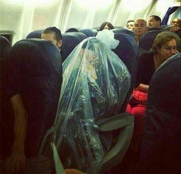 Chỉ vìtôi không muốn bị lây nhiễm virus trên chuyến bay này.