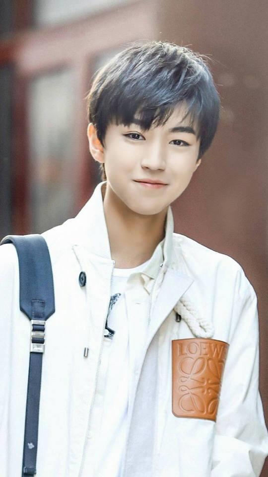 Vương Tuấn Khải được đánh giá là nghệ sĩ tài năng có tầm ảnh hưởng nhất trong cộng đồng giới trẻ Trung Quốc.