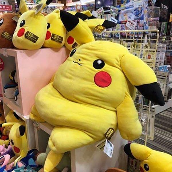 Sau mấyngày Tết, đến Pikachu cũng bị béo phì. (Ảnh: Internet)