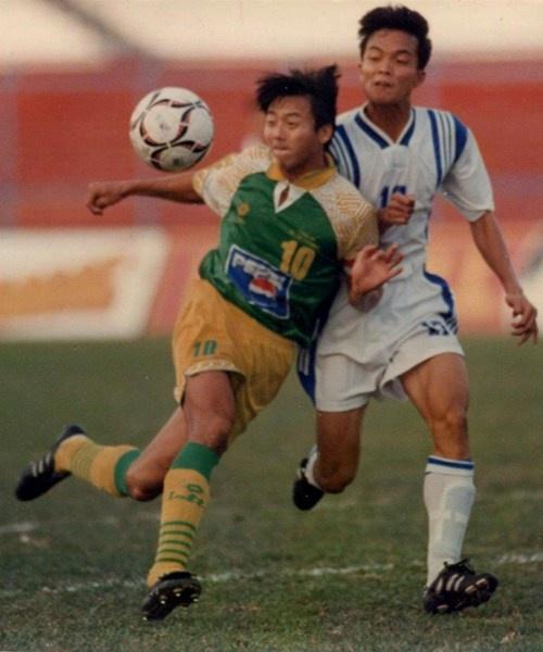 Huỳnh Đứclúc còn thi đấu trong màu áo của tuyển Công An TP.HCM.