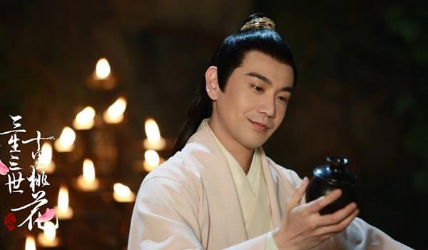 Thượng thần Chiết Nhanthu hút khán giả bởi tính cách vừa có chút tinh nghịch lại có sự từng trải chính chắn.