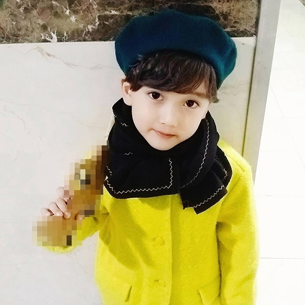 Tiểu soái ca xứ Hàn gây bão cư dân mạng với vẻ lạnh lùng khó cưỡng