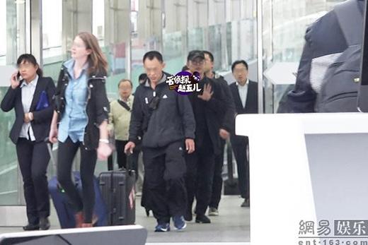 Việc đến và đi tại sân bay của Lý Liên Kiệtđều diễn ra trong im ắng khác những ngôi sao hạng A khác.