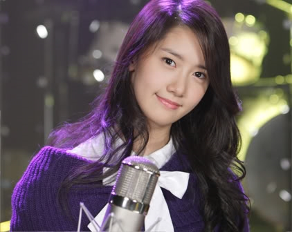 Hình ảnh của Yoonathuở mới debut cùng SNSD vào năm 2007