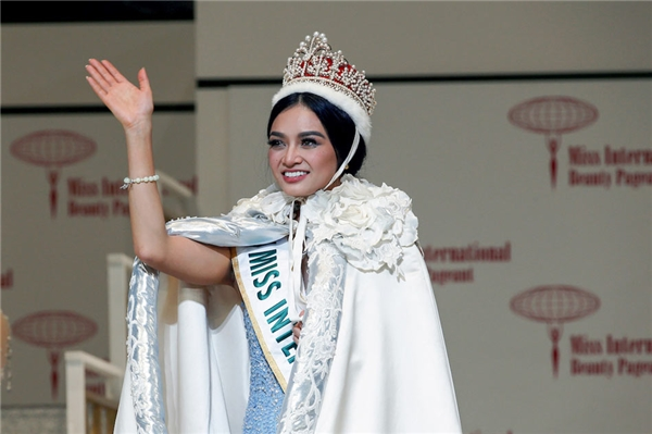 Kylie Verzosa - Hoa hậu Quốc tế 2016: 200 điểm