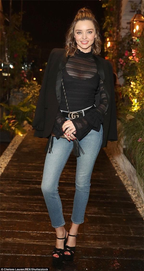 Ngưỡng mộ nhan sắc hoàn hảo và cuộc sống đẹp như mơ của Miranda Kerr