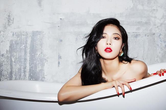 """Nữ ca sĩ đã chứng minh được rằng mình không phải là """"phiên bản Lee Hyori""""."""