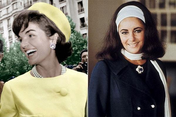 Đến những năm 1950 – 1960, các quý cô sành điệu biến tấu chiếc vòng cổ ôm sát thành chuỗi ngọc trai quyền quý, sang trọng mỗi khi mặc váy chữ A. Mốt quàng khăn lụa tạo thành vòng cổ như dáng vòng choker cũng bắt nguồn từ đó.