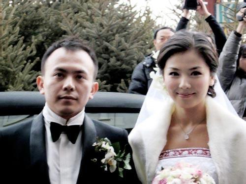 Những nàng dâu nhà giàu của C-biz được nhà chồng hết mực yêu thương