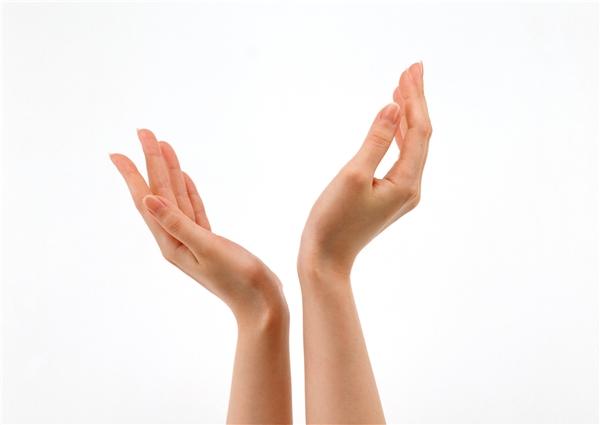 Hình ảnh hai bàn tay cho thấy bạn đề cao tính logic trong mọi tình huống.