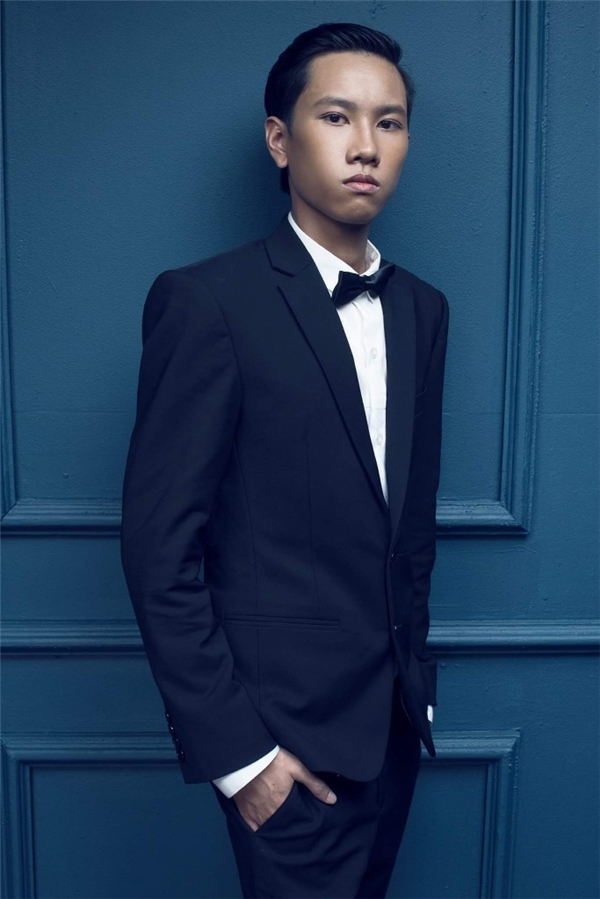 """DJ HoaProx tuy chỉ mới 19 tuổi nhưng đã sở hữu gia tài sáng tác cực chất và là một """"youtuber"""" triệu lượt xem. - Tin sao Viet - Tin tuc sao Viet - Scandal sao Viet - Tin tuc cua Sao - Tin cua Sao"""