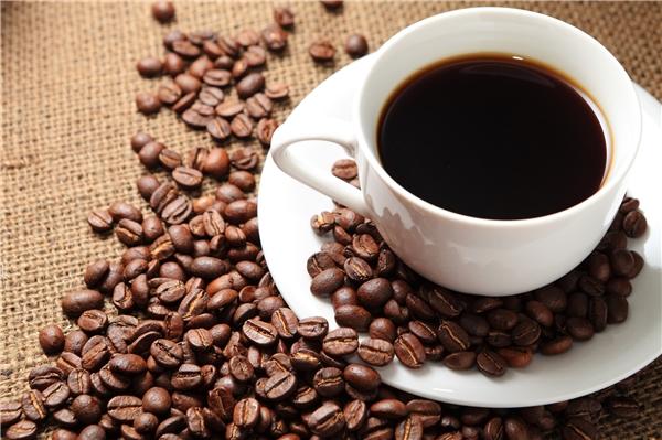 Cà phê được sử dụng đầu tiên bởicác tín đồ Islam của Hồi giáo Sufi.