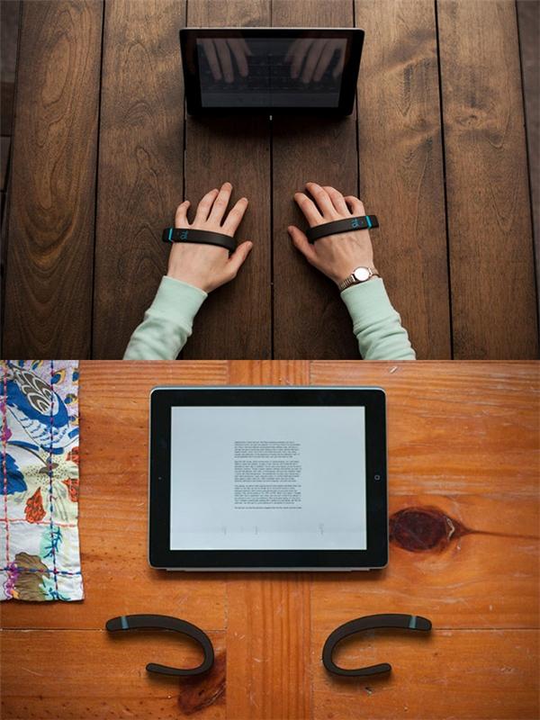 Bàn phím vô hình: Thật ra đây không phải là bàn phím mà chỉ là hai chiếc vòng tay siêu công nghệ, hoạt động dựa trên chuyển động của các ngón tay, giúp bạn gõ phím mà không cần sử dụng bàn phím.
