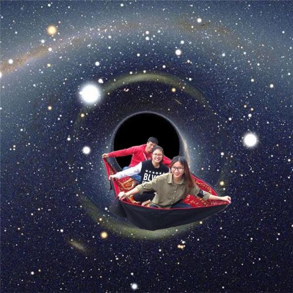 """Ngày xưa có ai nghe bài """"Bay giữa ngân hà""""không?"""
