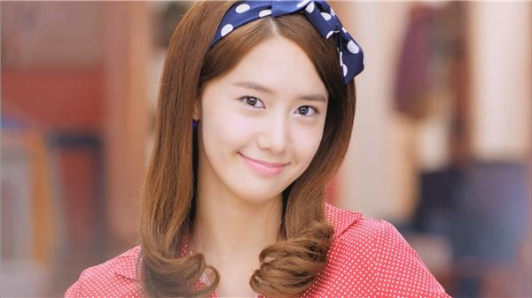 Hình ảnh dễ thương thởu nào của Yoona đã trở lại trong Mv Gee bản tiếng Nhật.