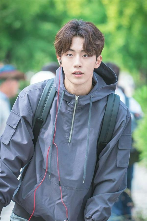 Sự trở lại của mĩ nam nào được mong chờ nhất màn ảnh Hàn 2017?