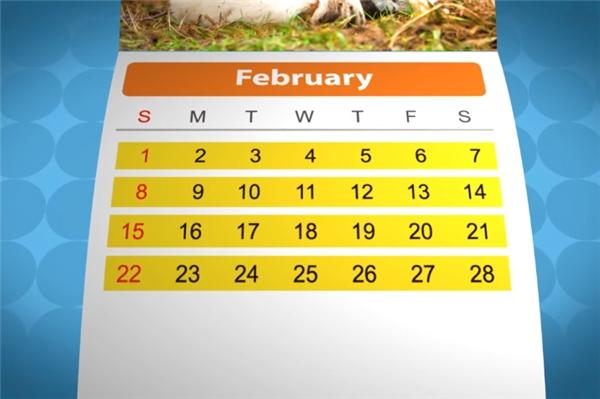 """Hiện tại tháng Hai vẫn chỉ có 28 ngày, khiến nó được xem là tháng xui xẻo. Đây cũng là tháng mà người La Mã thường tổ chức những nghi lễ tôn thờ người chết và tiến hành các nghi thức rửa tội (từ Februum trong tiếng Latinh có nghĩa là """"thanh lọc, rửa tội"""")."""