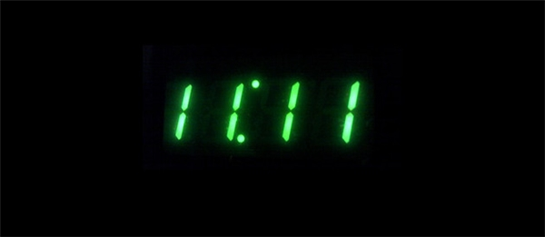 Dãy số 11:11 xuất hiện như một lời nhắc nhở rằng bạn đang sống