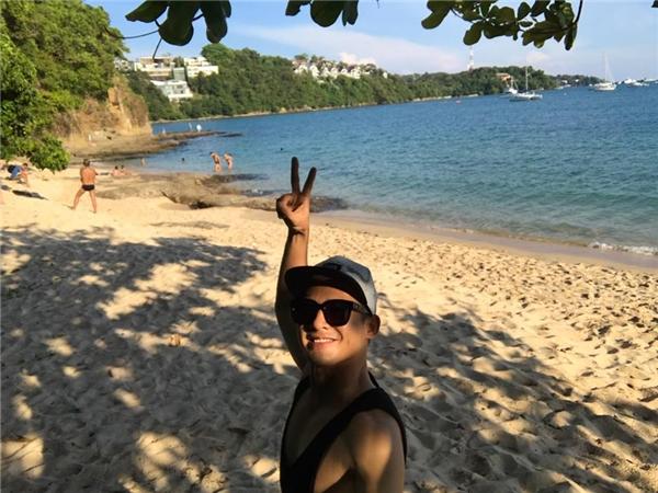 Thúy Diễm diện bikini gợi cảm cùng Lương Thế Thành tình tứ dạo biển - Tin sao Viet - Tin tuc sao Viet - Scandal sao Viet - Tin tuc cua Sao - Tin cua Sao