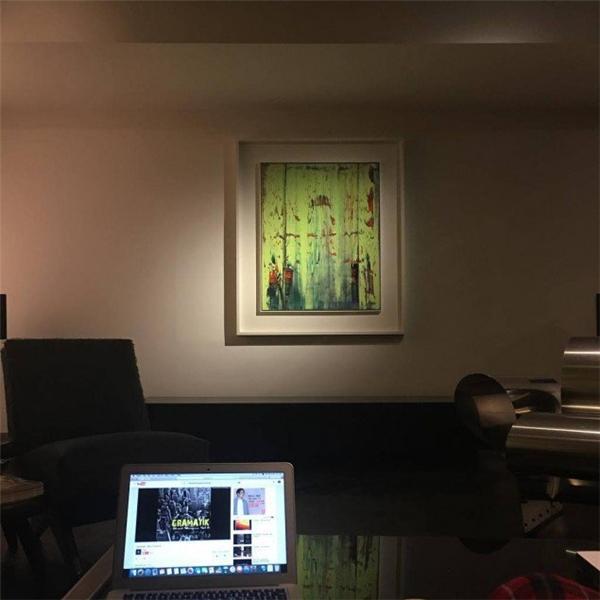 """T.O.P """"gây sốt"""" với căn biệt thự chẳng khác gì bảo tàng nghệ thuật"""