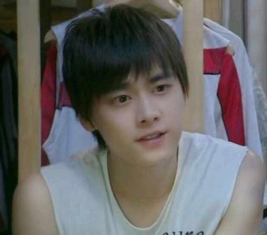 Lý Dịch Phong siêu đáng yêu trong bộ phim đầu tay Hoàng tử tennis khi mới 22 tuổi.