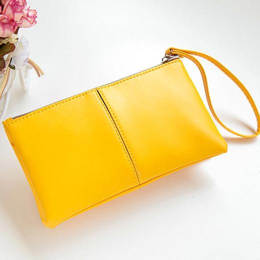 Màu vàng đẳng cấp, sang trọng và mang lại sự ấm áp, may mắn trong năm mới cho người tuổi Mão.