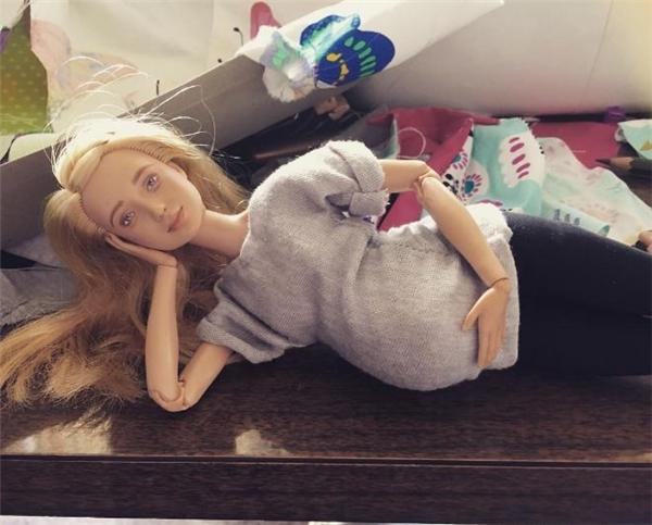 Các nàng búp bê Barbie giờ đã làm mẹ - một câu chuyện đầy ý nghĩa
