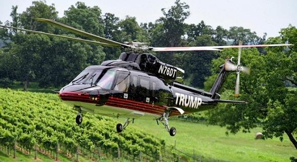 Donald Trump rất thích rượu nho, chính vì vậy mà ông đã bỏ ra 6,5 triệu USD (tương đương 146 tỉ VNĐ) để mua một dinh thựtại khuKluge ở Charlottesville, Virginia, Mỹ. Cách đó chưa lâu, ông Trump cũng đã tậu về nguyên khu vườn nho và nhà máy sản xuất rượu với giá 6,2 triệu USD (khoảng 140 tỉ VNĐ).