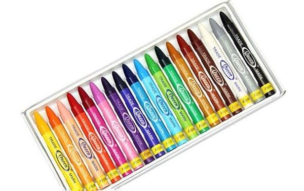 Bút chì sáp màu - ai cũng có vài hộp...