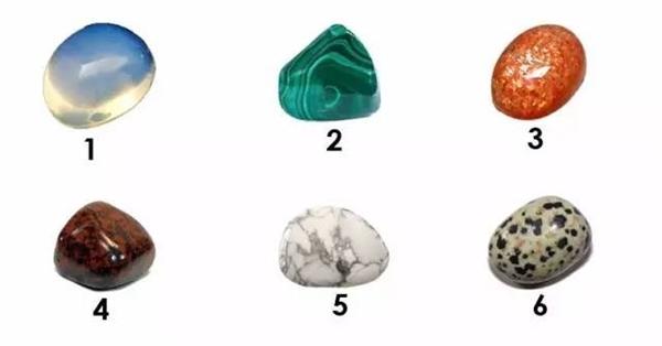 """""""Đọc vị"""" trái tim """"người ấy"""" chỉ bằng cách lựa chọn một viên đá"""